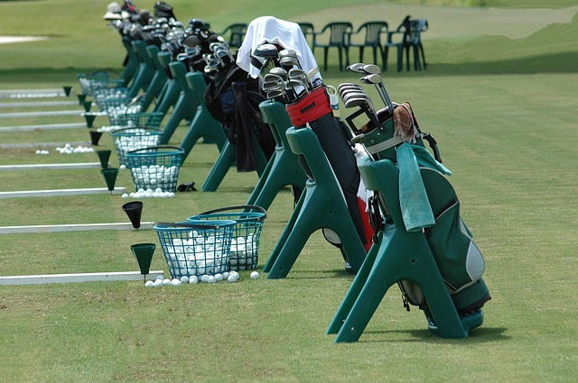 golf-driving-range-manner-01