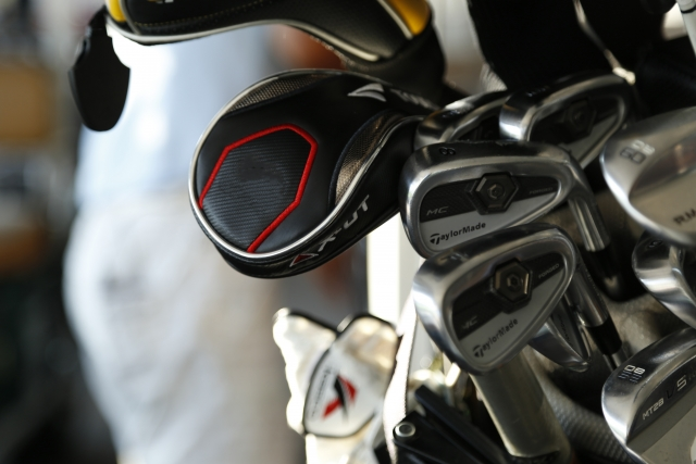 golfbag-deliveryservice-03